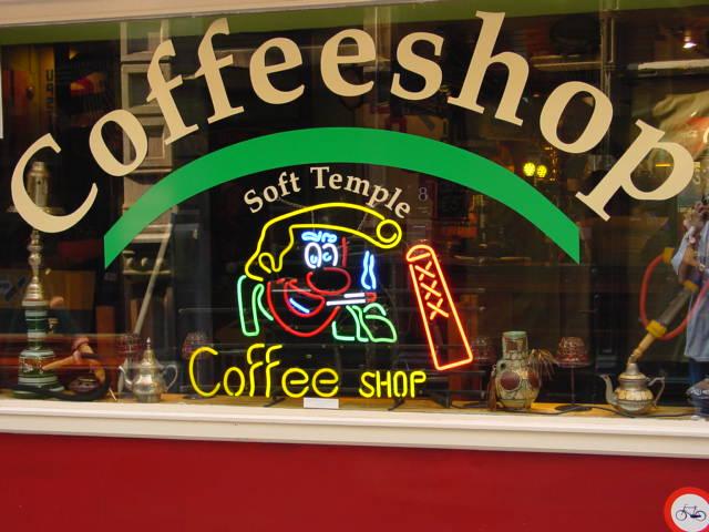 voordeur_coffeeshop